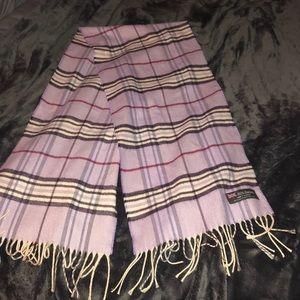 Light purple scarf! 100 cashmere from Scotland